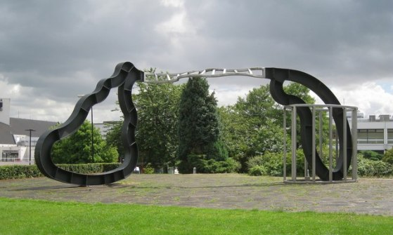 Richard Deacon_installationView_WarwickUniversity